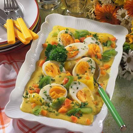 Gemüse-Ragout mit Ei Rezept
