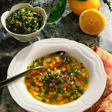 Gemüsebrühe mit Art Pesto Rezept