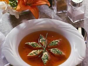 Gemüsebrühe mit Schnittlach-Eier-Stich Rezept