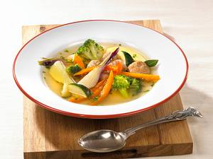 Gemüseeintopf mit Brätklößchen Rezept