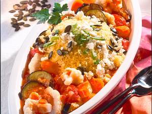 Gemüsegulasch mit Couscous Rezept