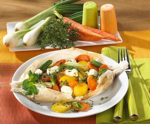 Gemüsepäckchen mit Schafskäse Rezept