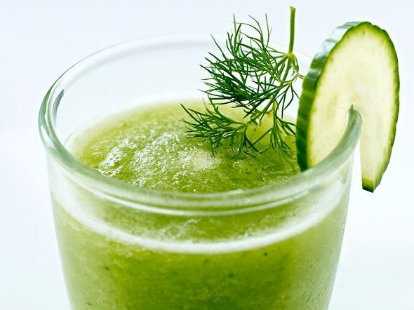 Gemüsesaft mit Salatgurke, Rettich und Dill Rezept