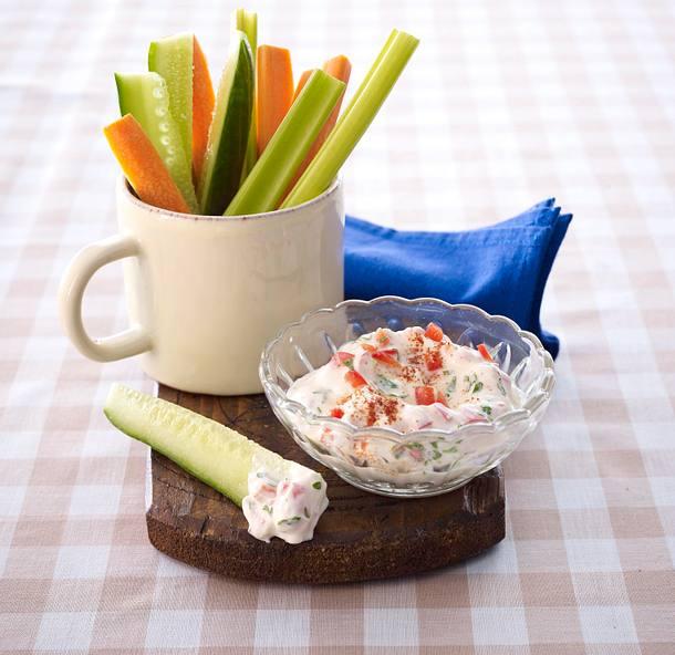 Gemüsesticks zu Paprika-Quark-Dip Rezept