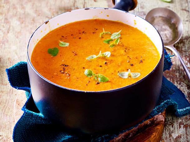 Gemüsesuppe aus gerösteter Paprika Rezept
