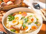 Gemüsetopf mit Würstchen & Ei Rezept