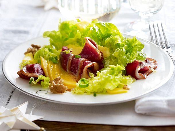 Geräucherte Gänsebrust auf Salat mit Mango Rezept