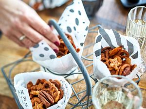 Geröstete gewürzte Nüsse (Crunchies Creole) Rezept