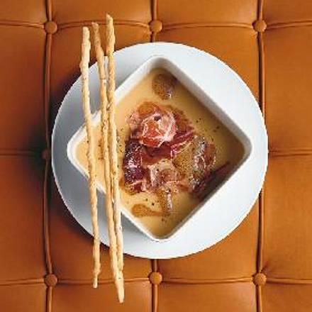 Geröstete Grießsuppe mit Pancetta und Radicchio á la Kolja Kleeberg Rezept