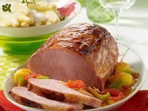 Geschmortes Kasseler mit lauwarmem Spargelsalat  Rezept