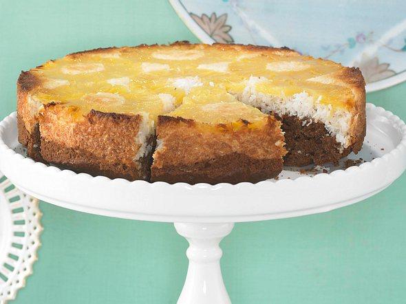 Gestürzter Ananas-Kokos-Kuchen Rezept