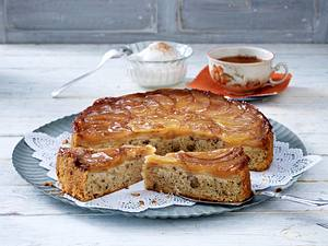 Gestürzter Apfel-Walnuss-Kuchen Rezept