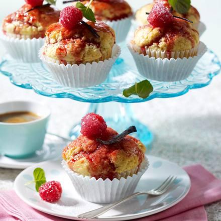 Getränkte Vanille-Himbeer-Muffins Rezept