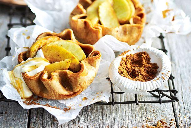 Gewürz-Backäpfel im Dinkelkleid rezept