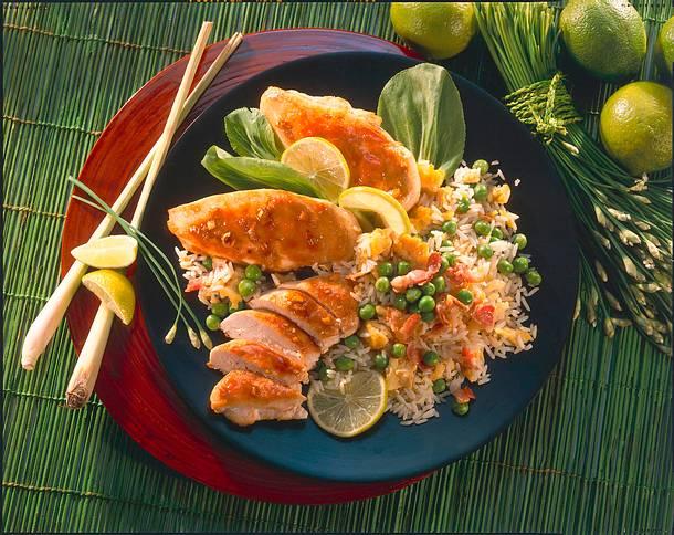 Gewürz-Hähnchen mit gebratenem Reis Rezept