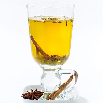 Gewurz Tee Mit Fenchel Sternanis Zimt Und Kurkuma Rezept Lecker