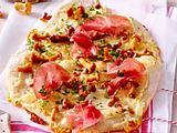 Gipfelglück-Pizza mit Tiroler Speck Rezept