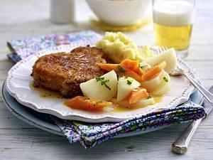 Glasierte Mairübchen und Möhren zu Kotelett und Stampfkartoffeln Rezept