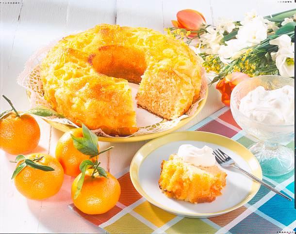 Glasierter Mandarinen-Kranz Rezept