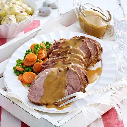 Gnickbraten mit Schmandkartoffeln (Geschmorter Schweinenacken / Usedom) Rezept