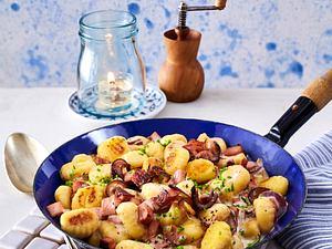 Gnocchi-Fleischwurst-Pfanne (Aus vier mach eins) Rezept