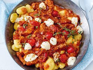 Gnocchi in Tomaten-Mascarpone-Soße Rezept