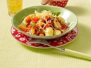 Gnocchi mit Gemüsesoße Rezept