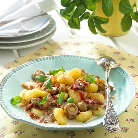Gnocchi mit Rahm-Champignons Rezept
