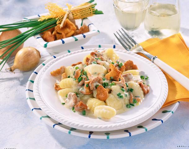 Gnocchi mit Rahm-Pfifferlingen Rezept