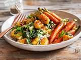Gnocchi mit Spinatcreme und jungen Möhren Rezept