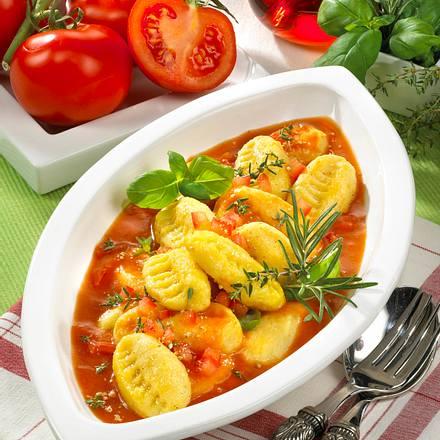 gnocchi mit tomatenso e rezept chefkoch rezepte auf kochen backen und schnelle. Black Bedroom Furniture Sets. Home Design Ideas