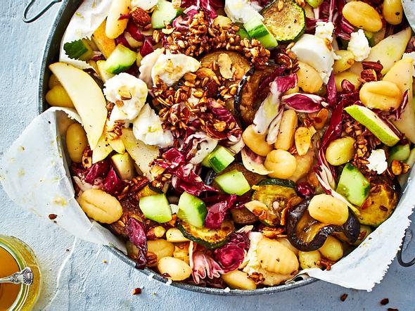 Sommer trifft Herbst: Gnocchi-Salat mit Birne Rezept