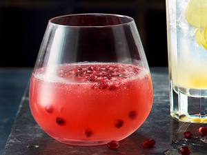 Granatapfel-Rosmarin-Fizz Rezept