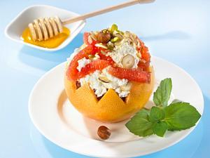 Grapefruit mit Honig-Nuss-Frischkäse Rezept