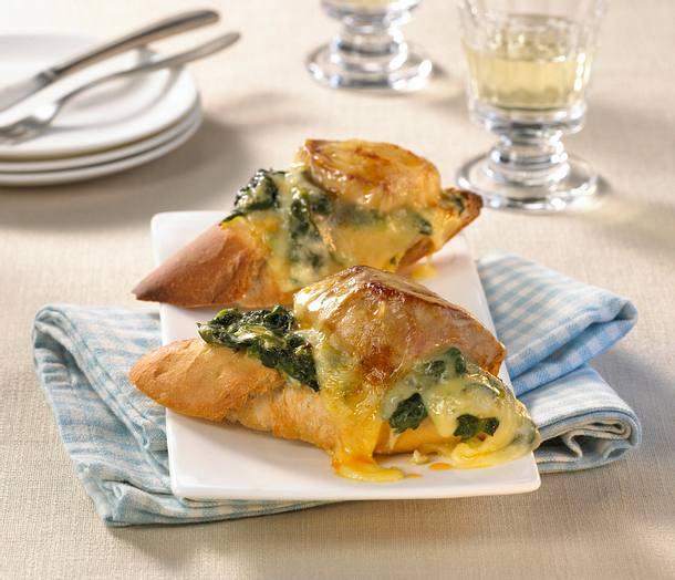Gratinierte Filet-Baguettes mit Spinat Rezept