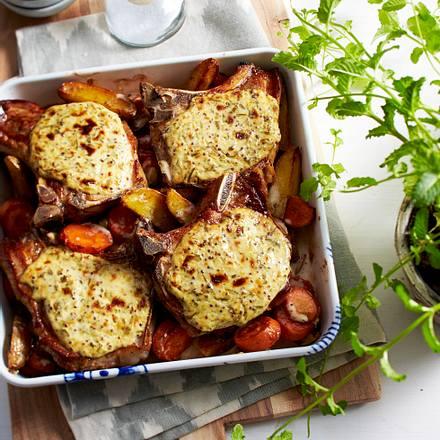 Gratinierte Rahmkoteletts im Gemüsebett Rezept