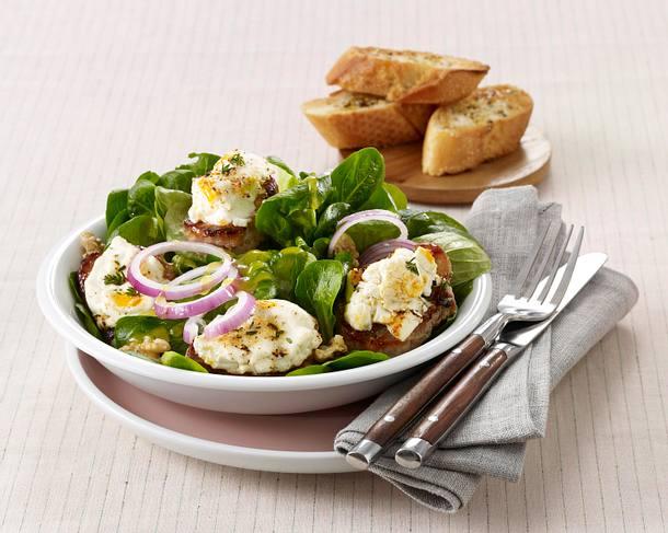 Gratinierte Schweinemedaillons auf Salat Rezept