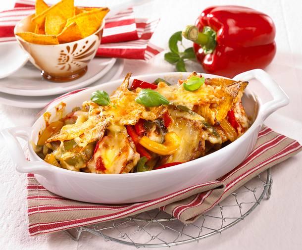 Gratinierte Taco-Schnitzel mit Paprika-Tomatensoße Rezept