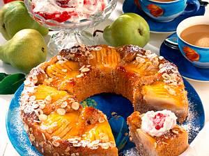Grieß-Haselnusskuchen mit Birnenhälften Rezept