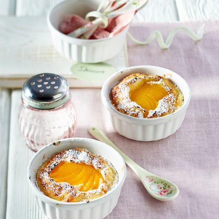 Grieß-Quark-Auflauf mit Aprikosen und Vanillesoße Rezept