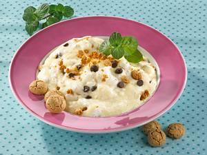 Grießbrei mit Schokotröpfchen und Amarettini Rezept