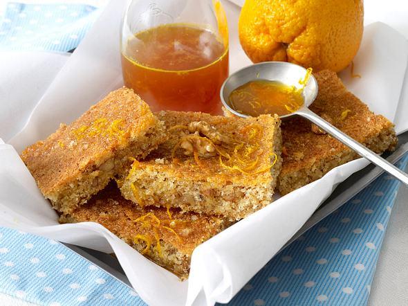 Grießkuchen mit Orangensirup Rezept