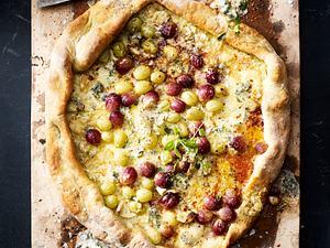 Grillbrot mit Trauben und Käse Rezept