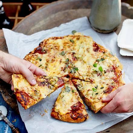 Großer Salami-Pizza-Scone Rezept