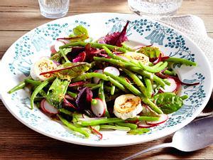 Grüne-Bohnen-Salat mit gratiniertem Ziegenkäse Rezept
