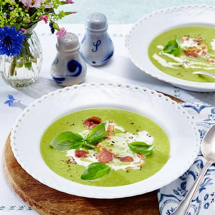 Grüne Erbsensuppe mit Knusperspeck Rezept
