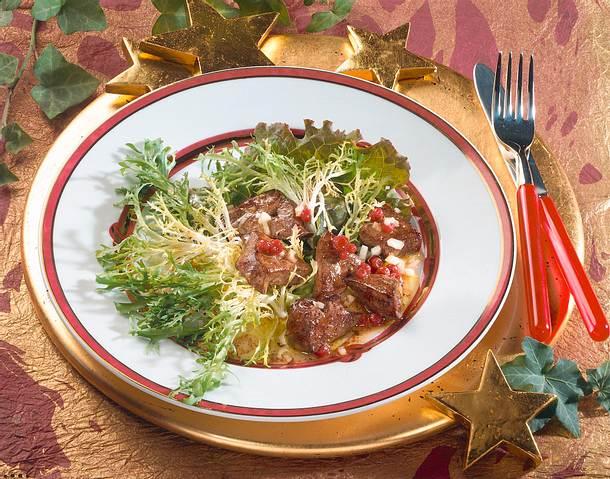 gr ner salat mit lauwarmer g nseleber rezept chefkoch. Black Bedroom Furniture Sets. Home Design Ideas