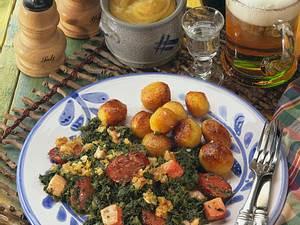 Grünkohl mit Kasseler und Cabanossi Rezept