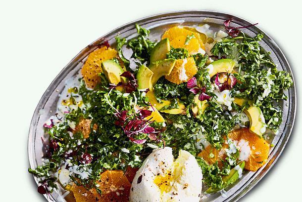 Grünkohlsalat mit Orangendressing Rezept
