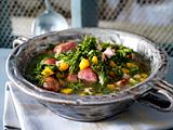 Grünkohlsuppe mit Kartoffeln, Kasseler und Mettenden Rezept